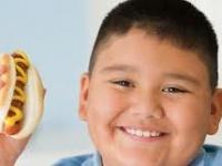 Al hablar con los niños, concéntrese en la salud, no en la gordura
